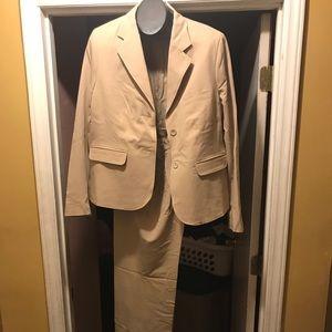 Tan business suit size 18.